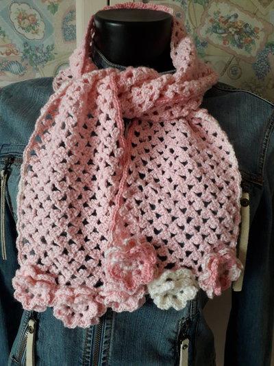Sciarpa delicata con rose