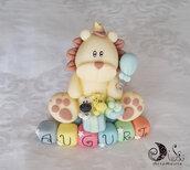 Cake topper Leone Auguri con cubetti multicolor scritta AUGURI, personalizzabile