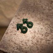 Bracciale di corda con pendente charm in argento Genere Maschile, fatto a mano