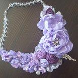 Collier floreale lilla