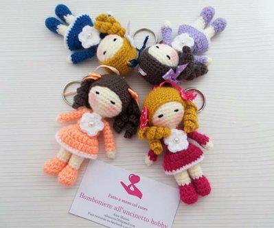 Bomboniera Battesimo, comunione bambolina amigurumi portachiavi per bimba.