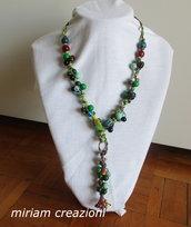 Collana con gruppi di perle e cordini