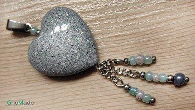 CIONDOLO HEARTS 4 - grigio marmo con glitter argento nero e verde menta + charms  - atossico e nichel free