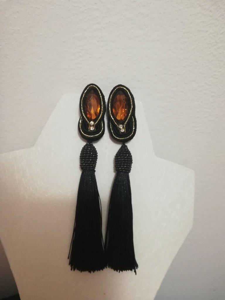 Orecchini Soutache neri e oro pendenti stoffa eleganti
