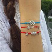 Bracciale di corda con pendente charm in argento Elena, fatto a mano
