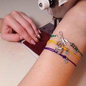 Bracciale di corda con pendente charm in argento Couturier, fatto a mano