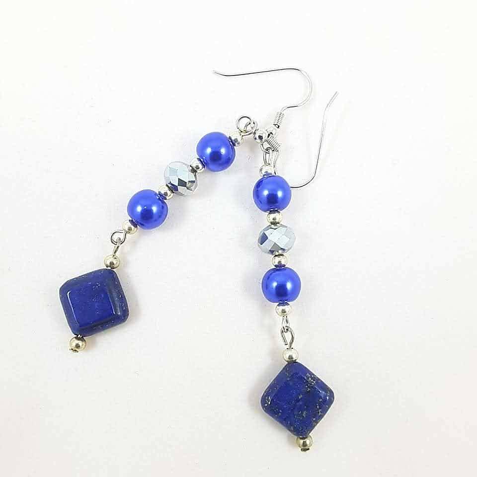 Orecchini pendenti con lapislazzuli, cistalli e  perle blu, pezzo unico, oaak, modello originale, idea regalo, compleanno, festa della mamma.