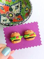 Orecchini hamburger in fimo, orecchini panino, miniatura cibo, orecchini da lobo, idea regalo bambina, gioielli bambina, gioielli hamburger
