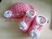 Cappellino e Scarpette per Bambina neonato realizzati a l'uncinetto in puro cotone egiziano Makò