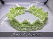 Fascia fermacapelli crochet,corona di principessa verde chiaro.