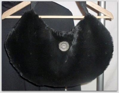 borsa con pelo pregiato nero