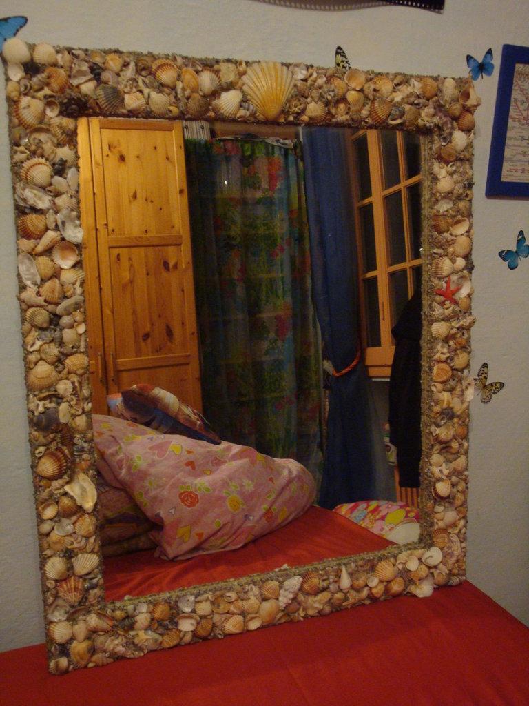 Specchio con conchiglie per la casa e per te - Specchio con conchiglie ...