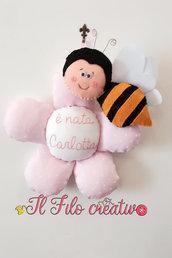 Fiocco Nascita Fiore con Ape con ricamo personalizzato