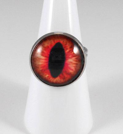Anello cabochon occhio di drago rosso chiaro