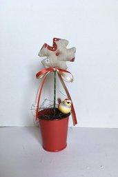 Vasetto di latta con fiore di stoffa, fiori profumati alla lavanda, vaso con fiore handmade