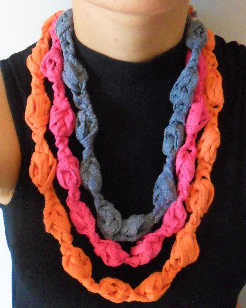 tripla collana colorata