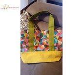 Borsa a spalla shopper bag in tessuto fatta a mano - Molto capiente con tasca esterna ed interna - Colore gialla e fantasia arlecchino