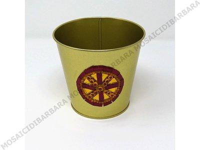 Copri Vaso in Ferro con Decoro in Mosaico nelle tonalità del Rosso e Oro