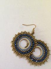 Orecchini cerchio blu