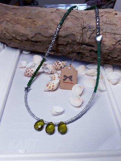 Collana con gocce in vetro verdi bohemian handmade