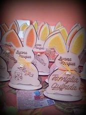 Coniglio pasquale in legno con incisione personalizzata