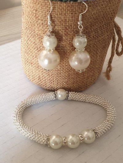 Completo bracciale e orecchini con perle