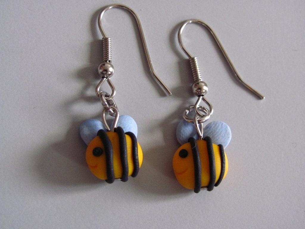 orecchini api