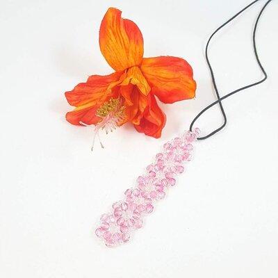 Ciondolo bambina, cristallo rosa, perline, cordoncino cotone, fatto a mano, pezzo unico, idea regalo, compleanno, promozione.
