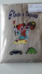 Valigetta da disegno ricamata fatta a mano per bambino