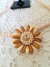 Collana fiore di primavera