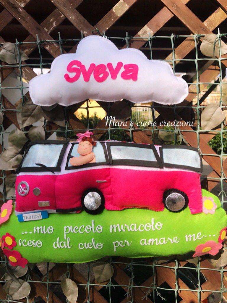 Fiocco nascita Pulmino Volkswagen con bimba a bordo