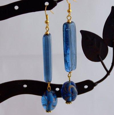 Orecchini lunghi in blu