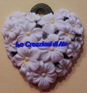 Ciondolo cuore di margherite in ceramica bianco o colorato