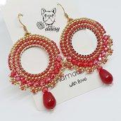 orecchini pendenti a cerchio rosso e oro - orecchini di perline e cristalli