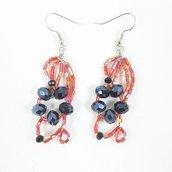 Orecchini wire con perline e cristralli, rosso e nero, pezzo unico, modello originale, modello esclusivo, nichel free, idea regalo, compleanno.