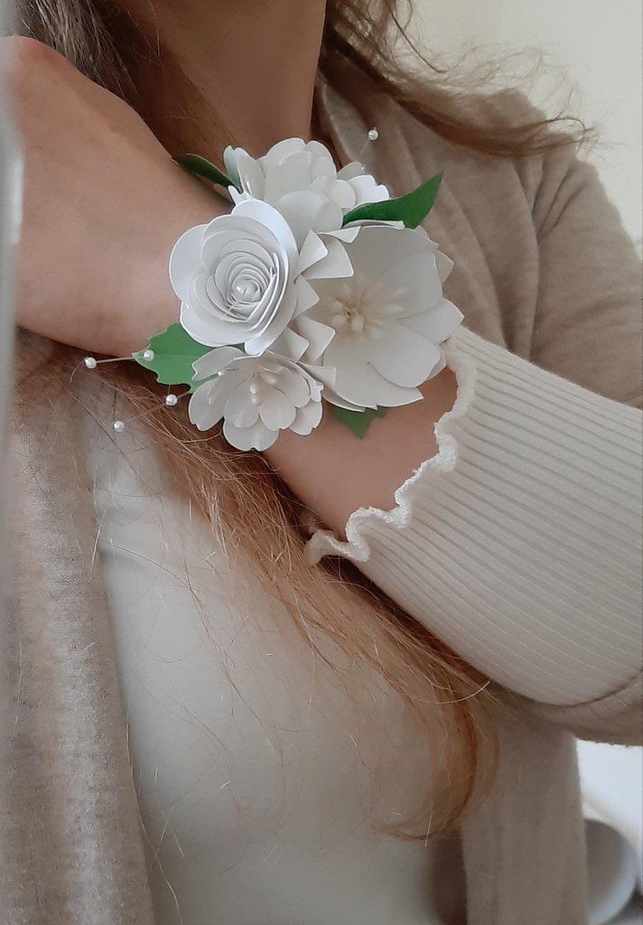 Bouquet Sposa Carta Da Zucchero.Bouquet Da Polso Fiori Da Polso Feste Matrimonio Di Carta