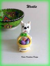 Decorazioni Pasqua west highland terrier con uova di pasqua personalizzato con il nome sul cestino, regalo pasqua per amanti dei westie