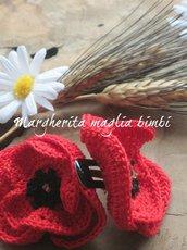 Fermaglio per capelli con papavero all'uncinetto - fatto a mano - idea regalo!