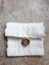 Bustina in cotone bianco