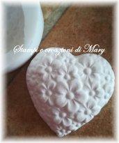 Stampo cuore con fiori in silicone