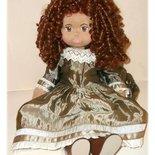 Bambola di stoffa fatta a mano tipo Glorex. Swiss Glorex Style.