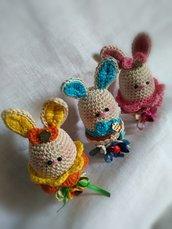 Coniglietti in fiore
