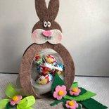 Coniglietto di Pasqua porta cioccolatini e ovetti infeltro