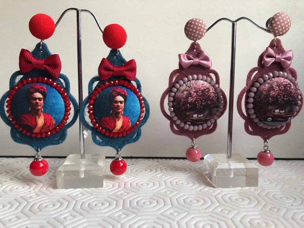 Orecchini pendenti con Bottoni e feltro
