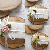 Bomboniere matrimonio con saponi fatti a mano su base di legno personalizzabile