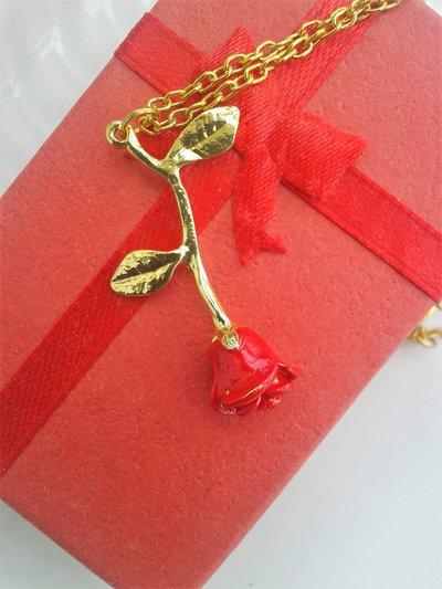 Collana con rosa, gioiello romantico, festa della mamma, la bella e la bestia