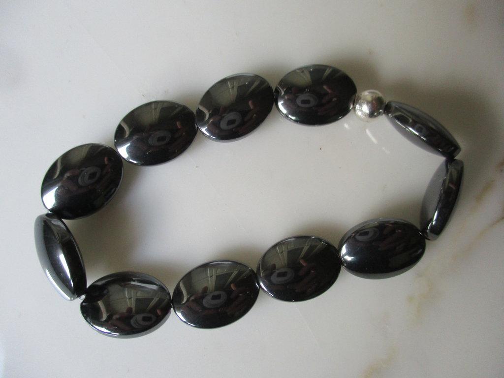 braccialetto elastico ematite nero lucido