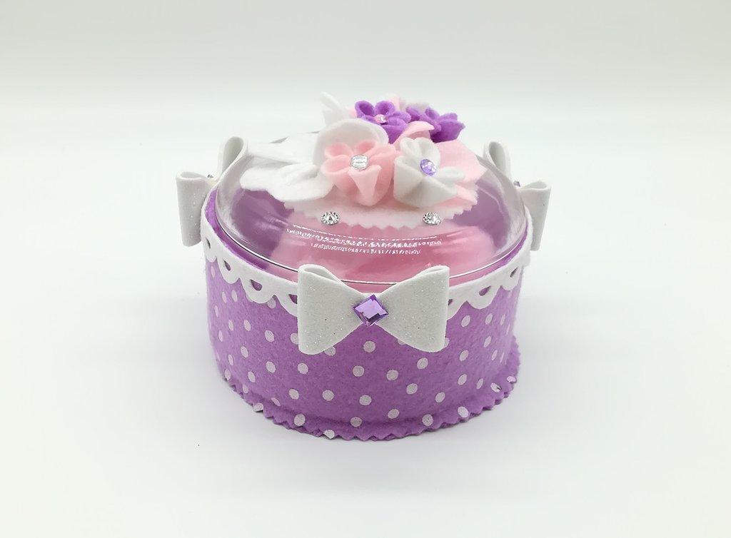 Scatola, porta talco lilla con piumino, circonf. 35 cm x 9 cm