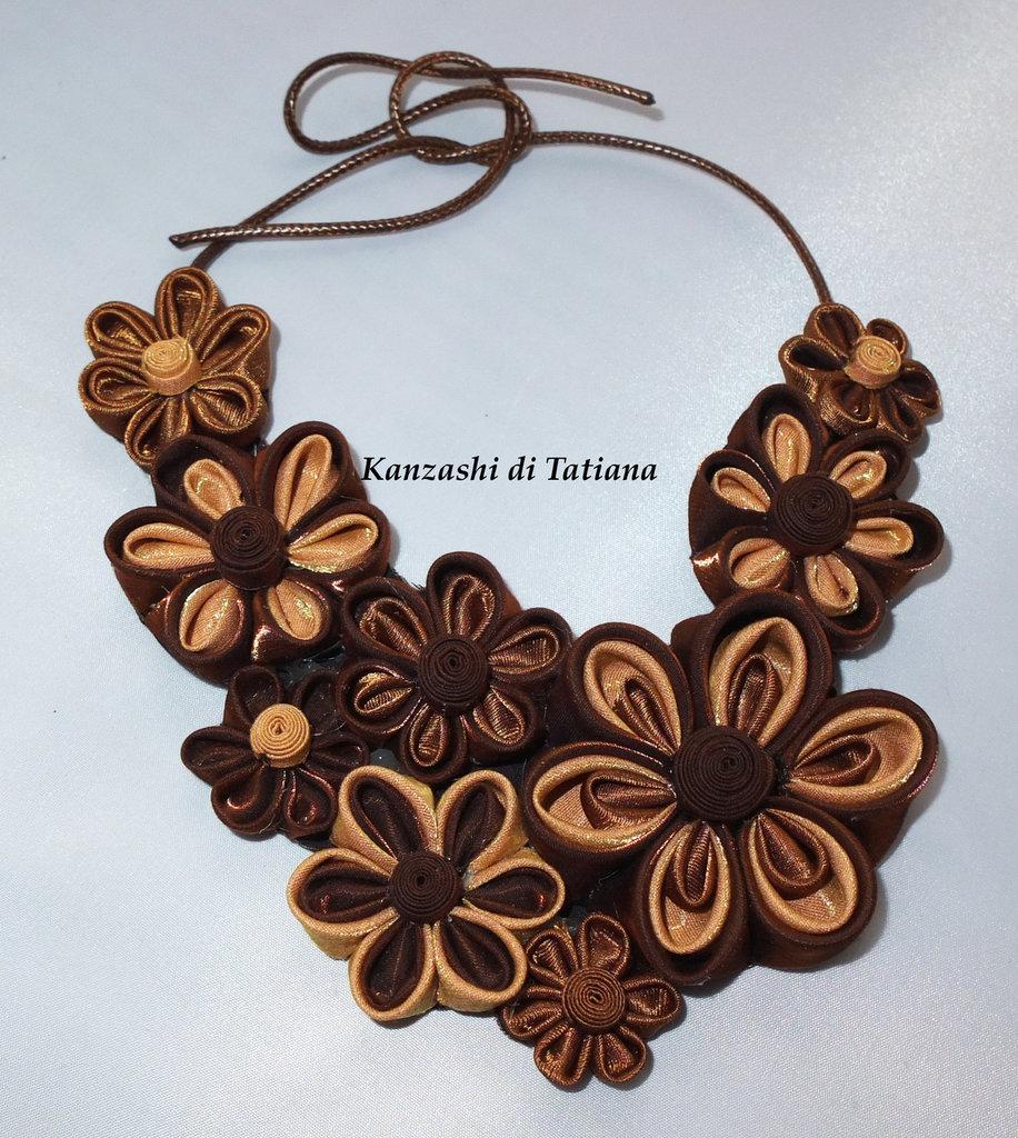 Collana kanzashi con fiori 3.1