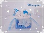Bebe' che dorme in polvere di ceramica su scatolina portaconfetti